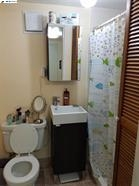 4116 Gregory St- BathRoom 2.jpg